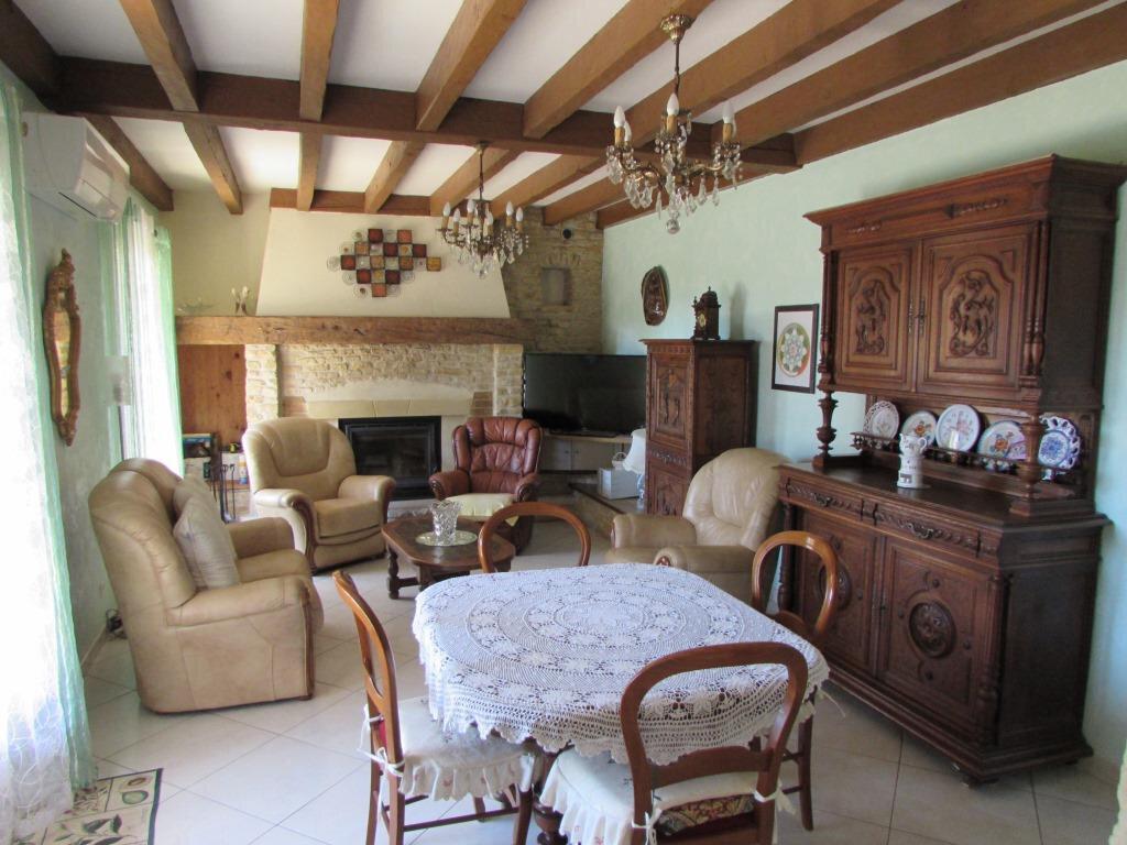 Maison à vendre 6 155m2 à Chavagnac vignette-6