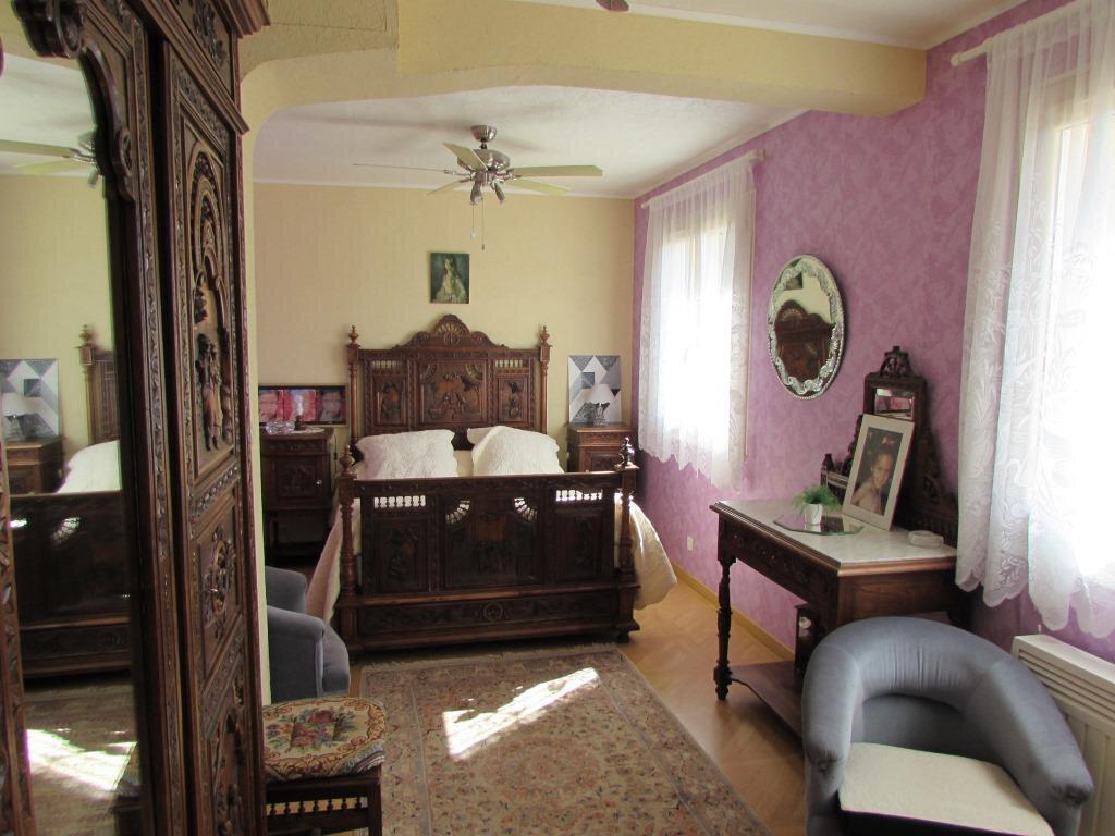 Maison à vendre 6 155m2 à Chavagnac vignette-8