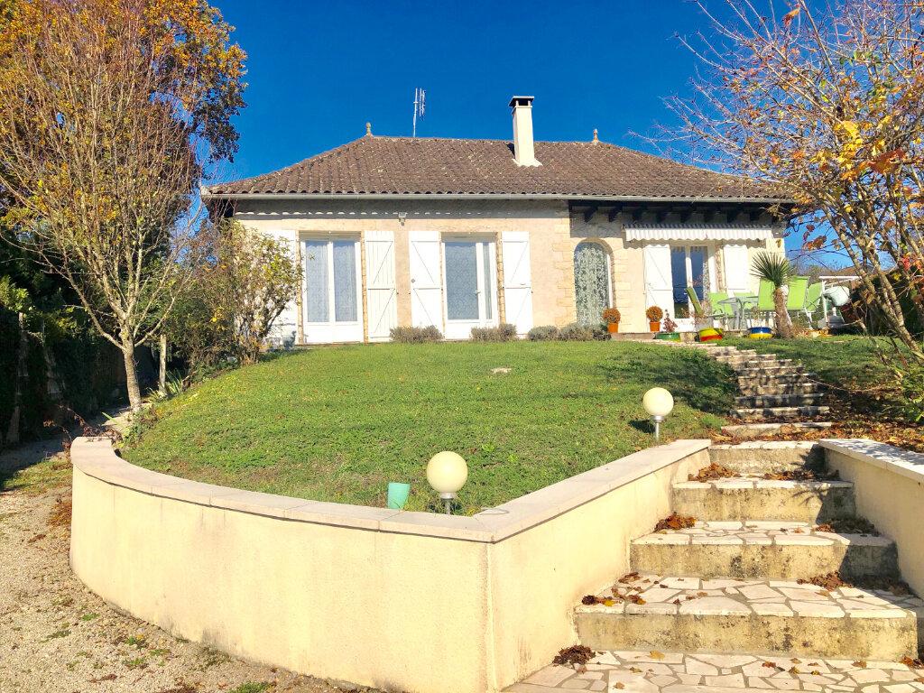 Maison à vendre 7 140m2 à Terrasson-Lavilledieu vignette-1