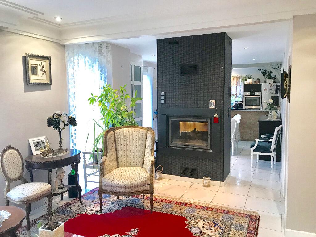 Maison à vendre 7 140m2 à Terrasson-Lavilledieu vignette-6