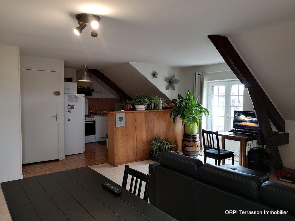 Appartement à louer 3 64m2 à Terrasson-Lavilledieu vignette-2