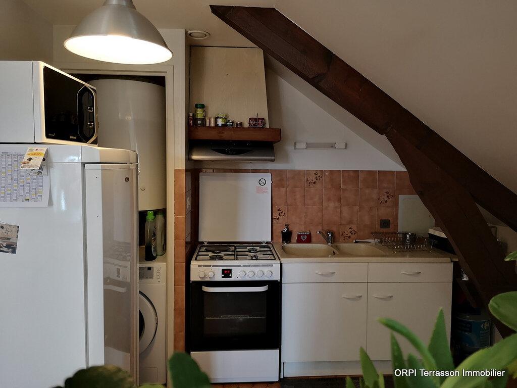 Appartement à louer 3 64m2 à Terrasson-Lavilledieu vignette-3