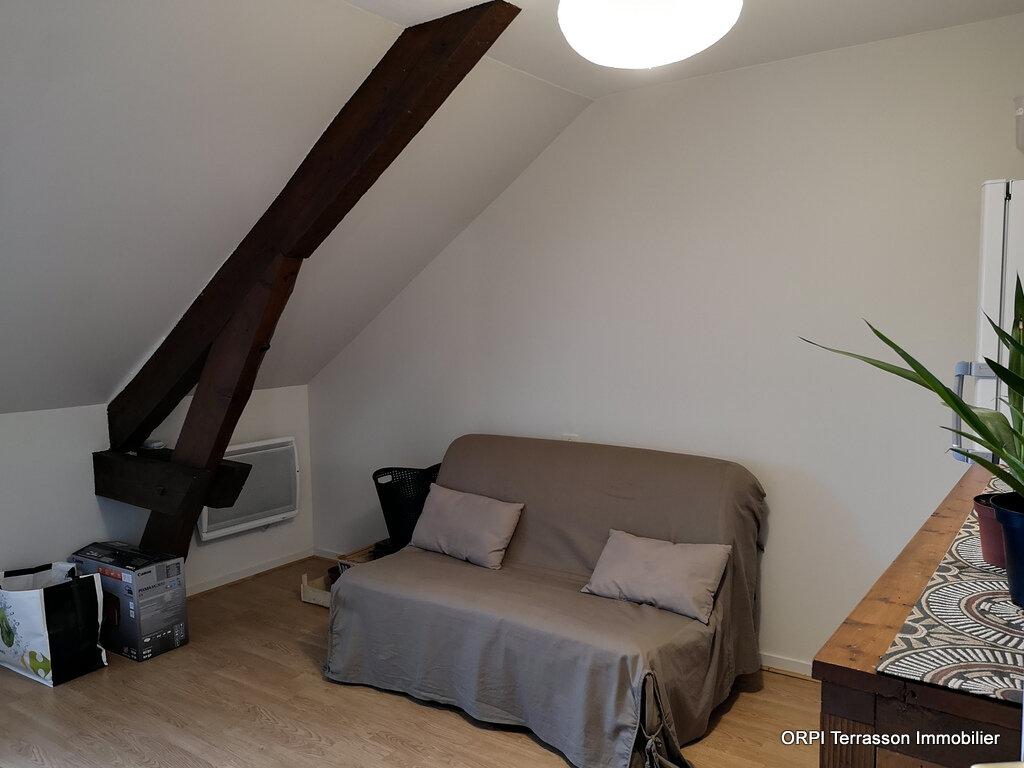 Appartement à louer 3 64m2 à Terrasson-Lavilledieu vignette-5