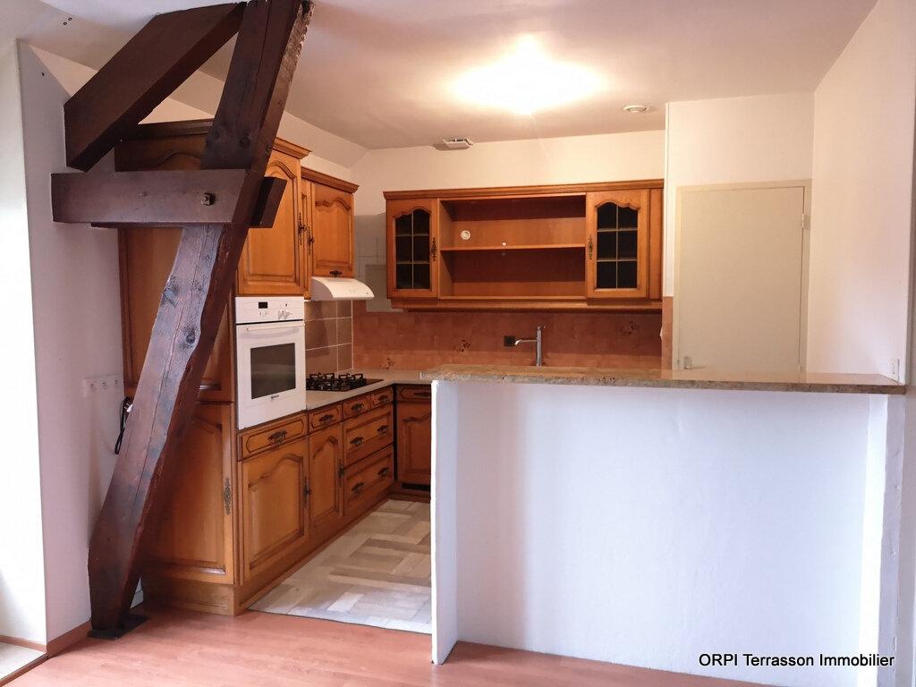 Appartement à louer 3 56m2 à Terrasson-Lavilledieu vignette-1