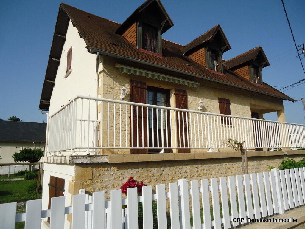 Maison à vendre 6 138m2 à Le Lardin-Saint-Lazare vignette-3