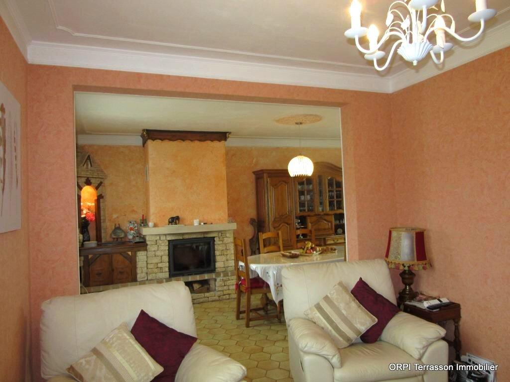 Maison à vendre 6 138m2 à Le Lardin-Saint-Lazare vignette-6