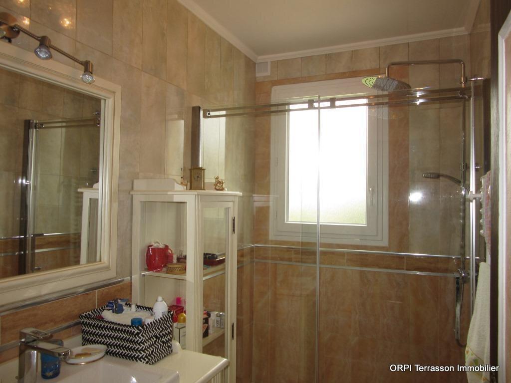 Maison à vendre 6 138m2 à Le Lardin-Saint-Lazare vignette-10