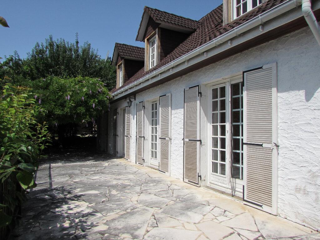 Maison à vendre 8 167m2 à Terrasson-Lavilledieu vignette-1