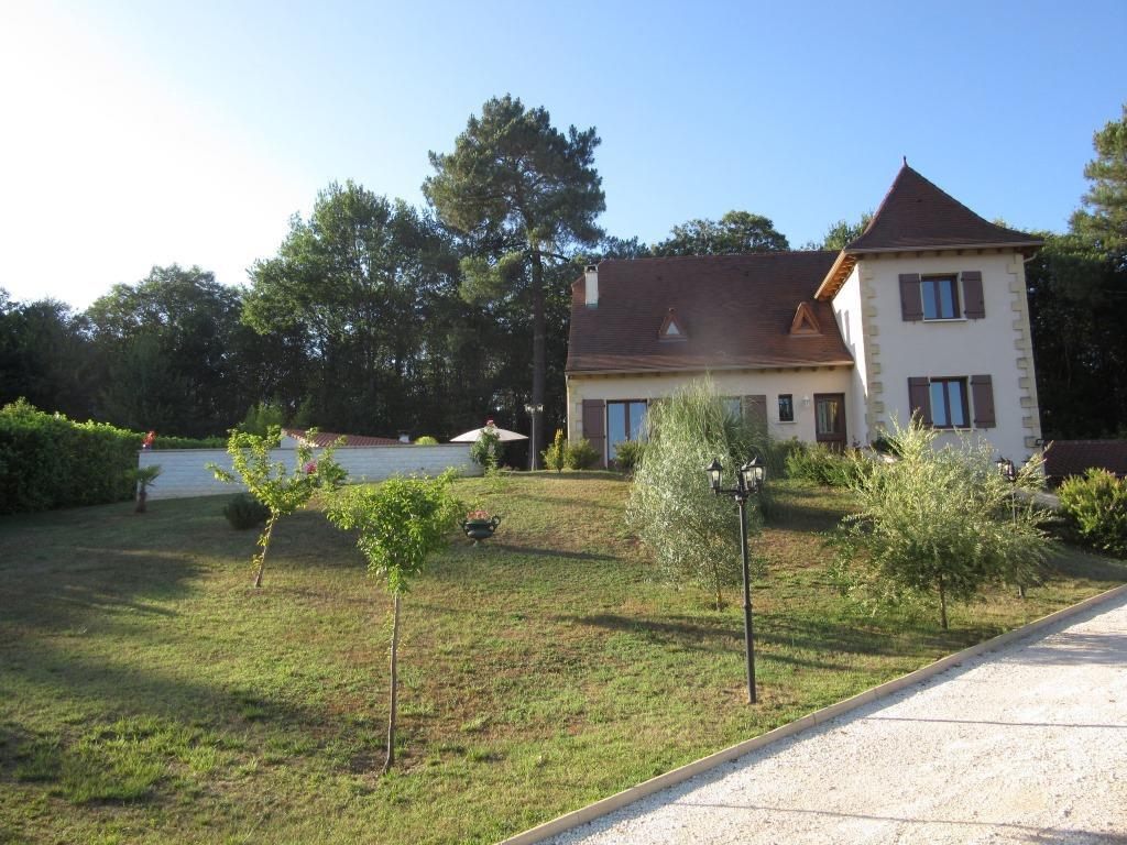 Maison à vendre 7 175m2 à Sarlat-la-Canéda vignette-1
