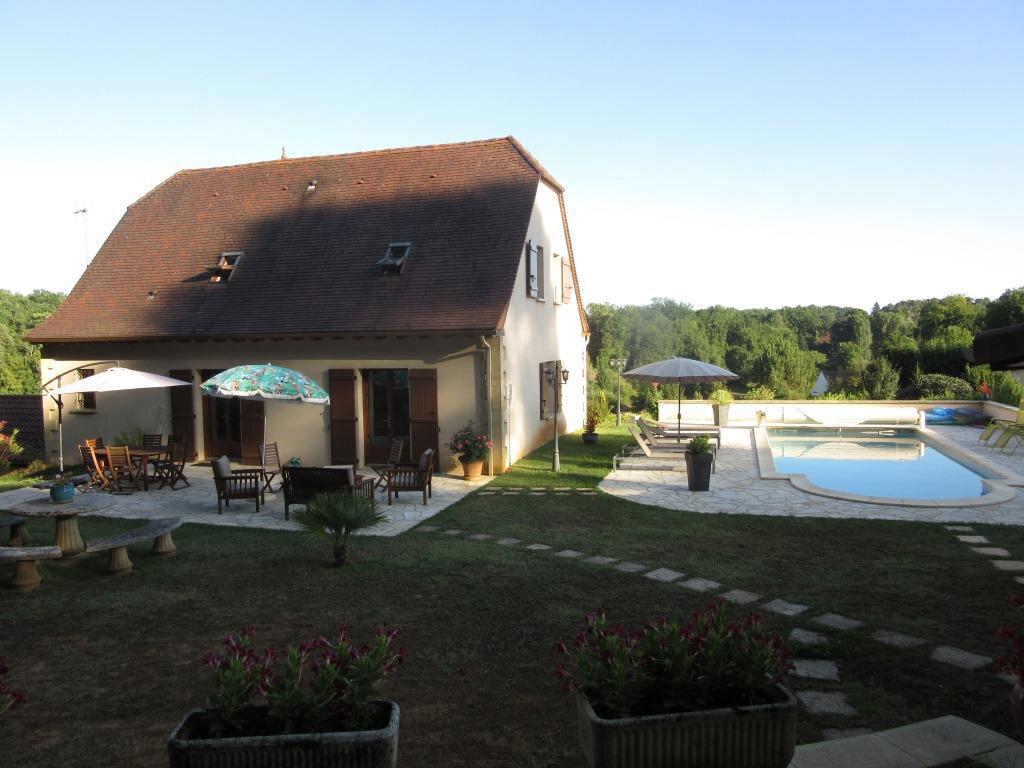 Maison à vendre 7 175m2 à Sarlat-la-Canéda vignette-2