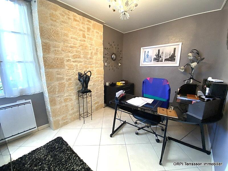 Immeuble à vendre 0 161m2 à Terrasson-Lavilledieu vignette-8