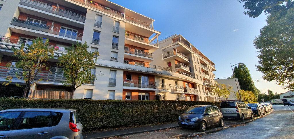 Appartement à vendre 3 58.4m2 à Saulx-les-Chartreux vignette-1