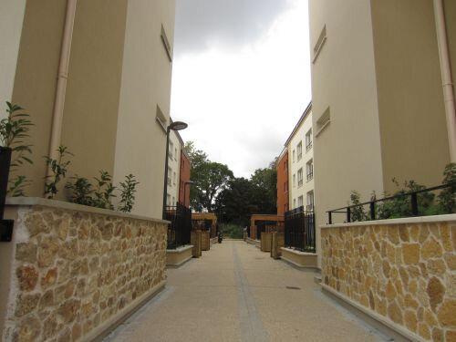 Appartement à louer 2 42.97m2 à Morangis vignette-1