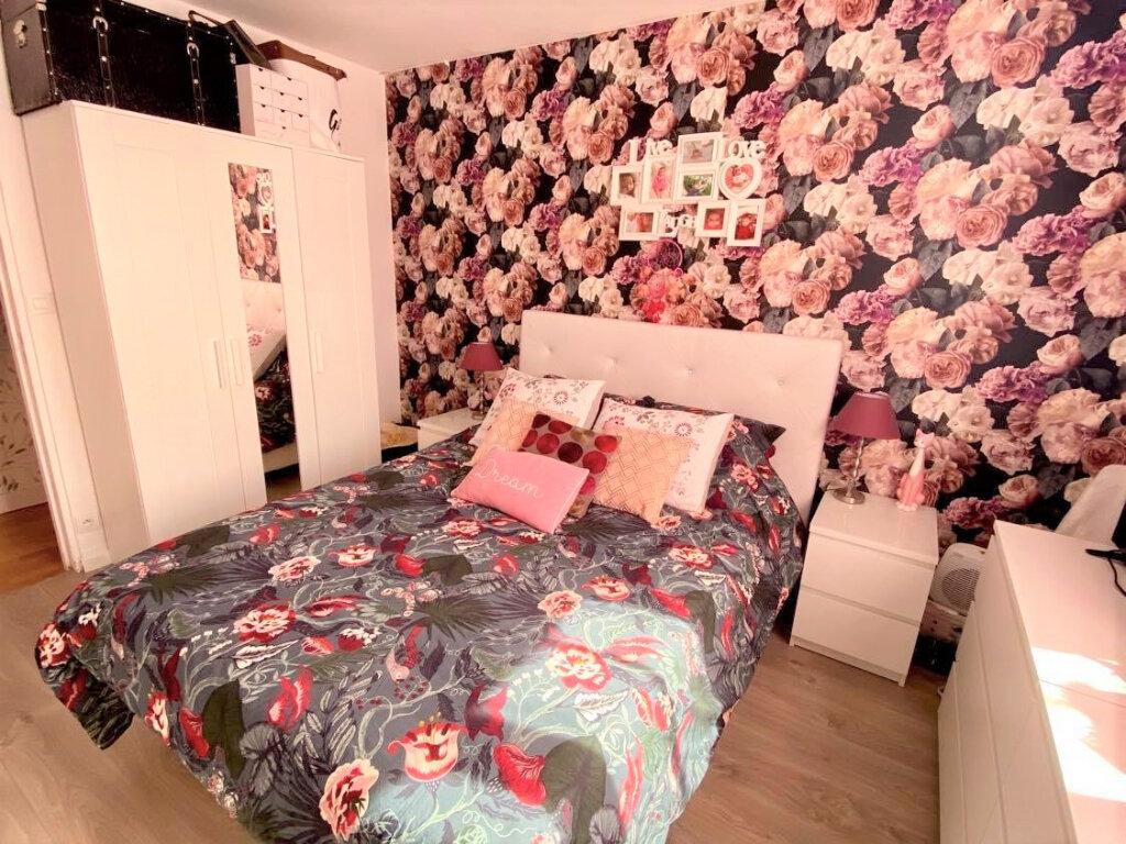 Appartement à vendre 4 79m2 à Villebon-sur-Yvette vignette-5