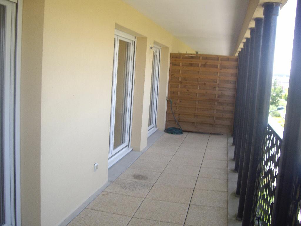 Appartement à louer 2 40.42m2 à Montévrain vignette-3