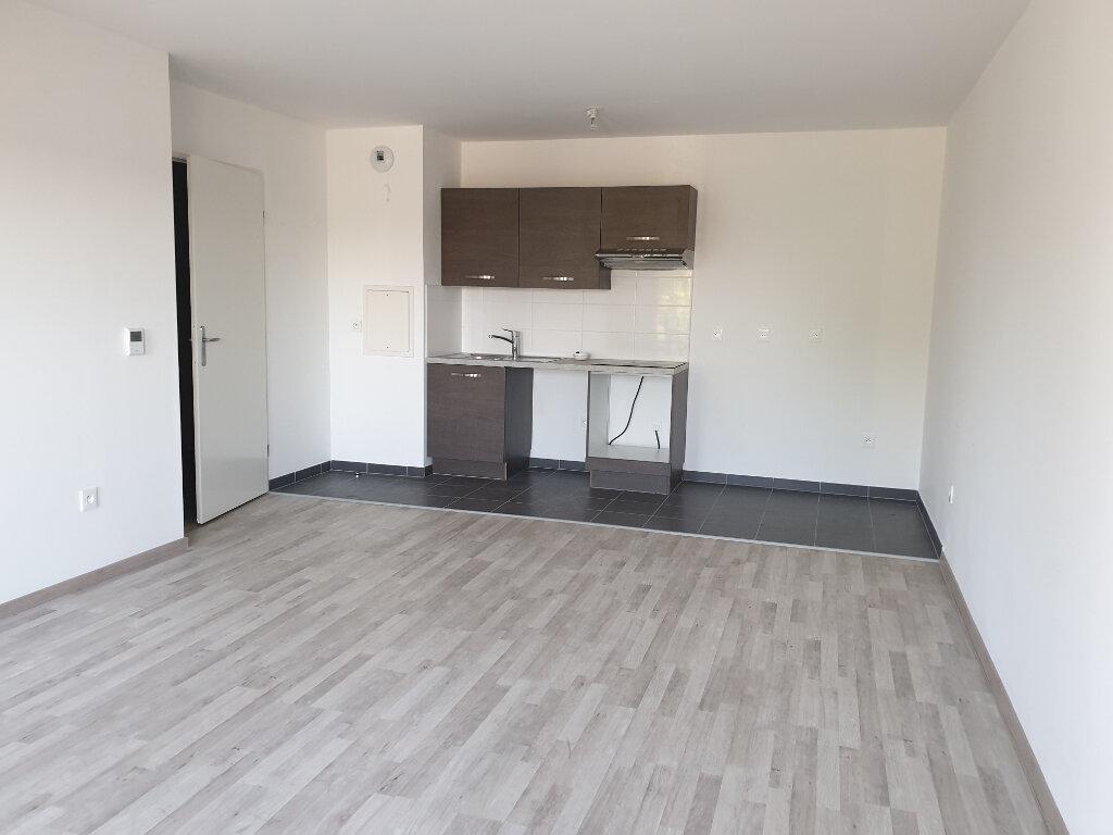 Appartement à louer 3 62.18m2 à Lagny-sur-Marne vignette-2