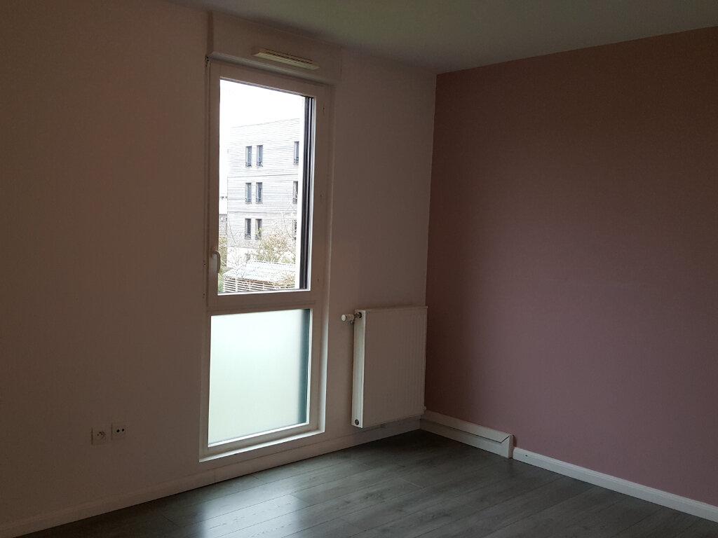 Appartement à louer 3 64.5m2 à Montévrain vignette-5