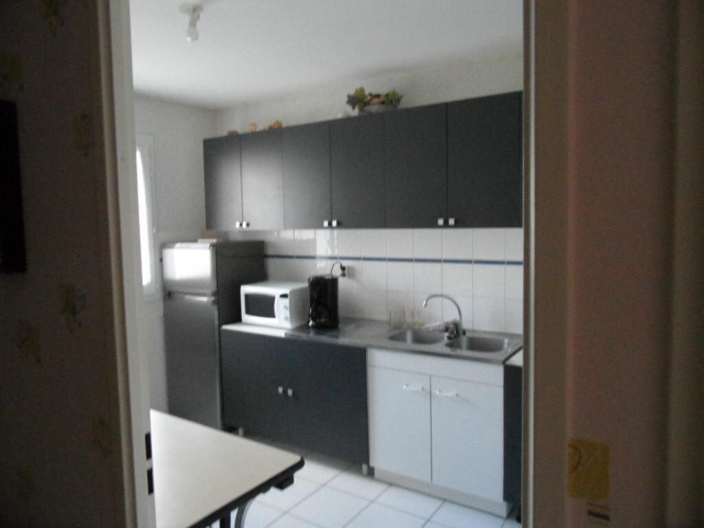Maison à louer 4 92m2 à Saint-Ouen vignette-3