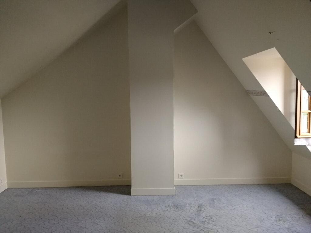 Maison à louer 3 78.6m2 à Vendôme vignette-4