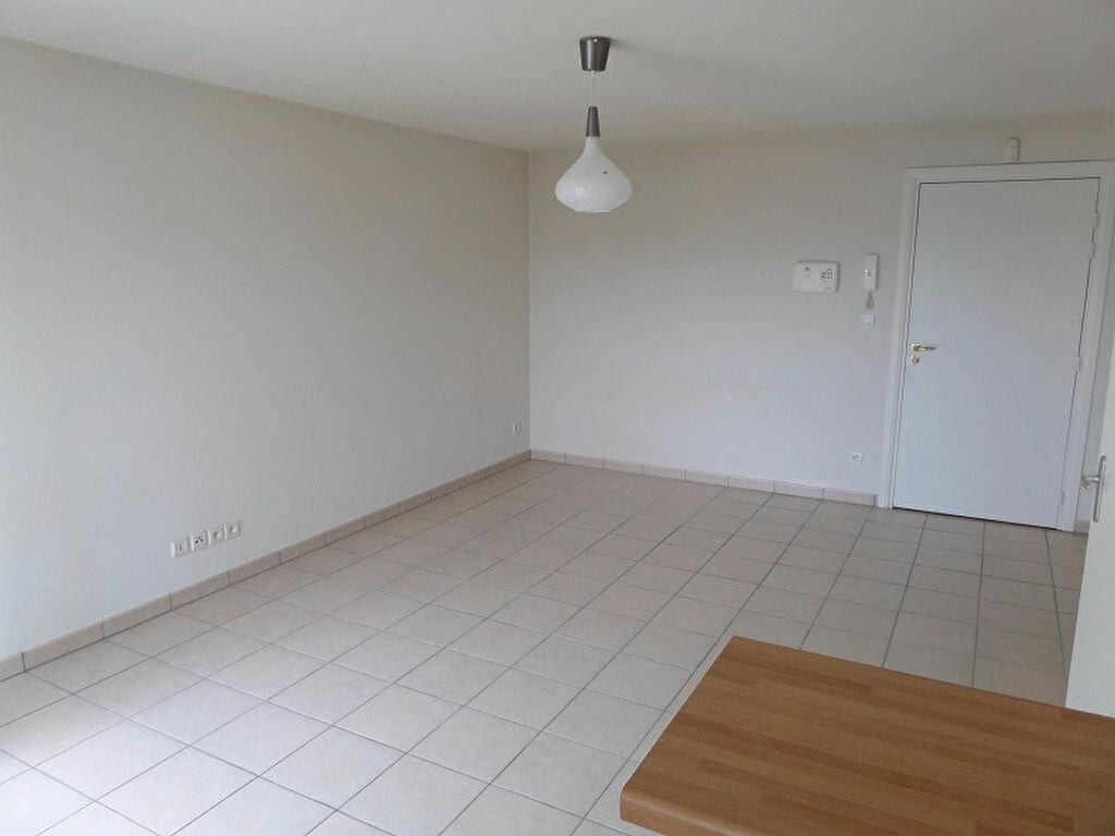 Appartement à louer 2 41.42m2 à Vendôme vignette-3