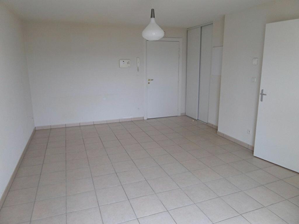 Appartement à louer 2 41.42m2 à Vendôme vignette-4