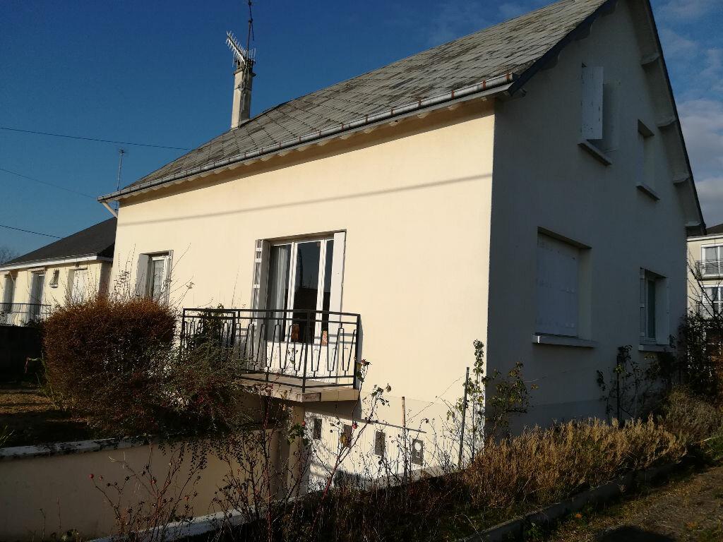 Maison à vendre 4 100m2 à Montoire-sur-le-Loir vignette-7