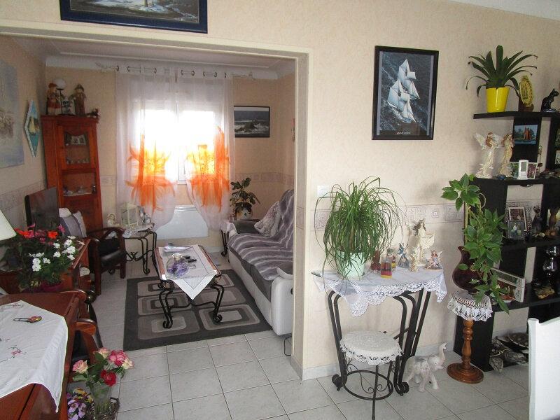 Maison à vendre 4 85m2 à Saint-Firmin-des-Prés vignette-3