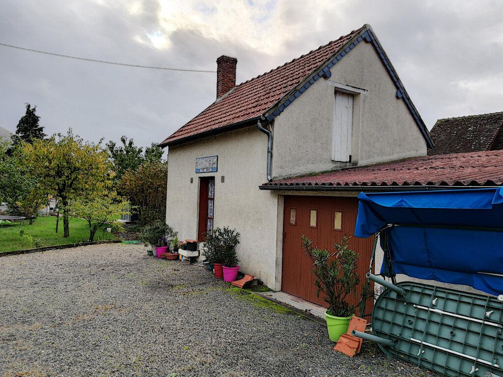 Maison à vendre 1 60m2 à Vendôme vignette-1