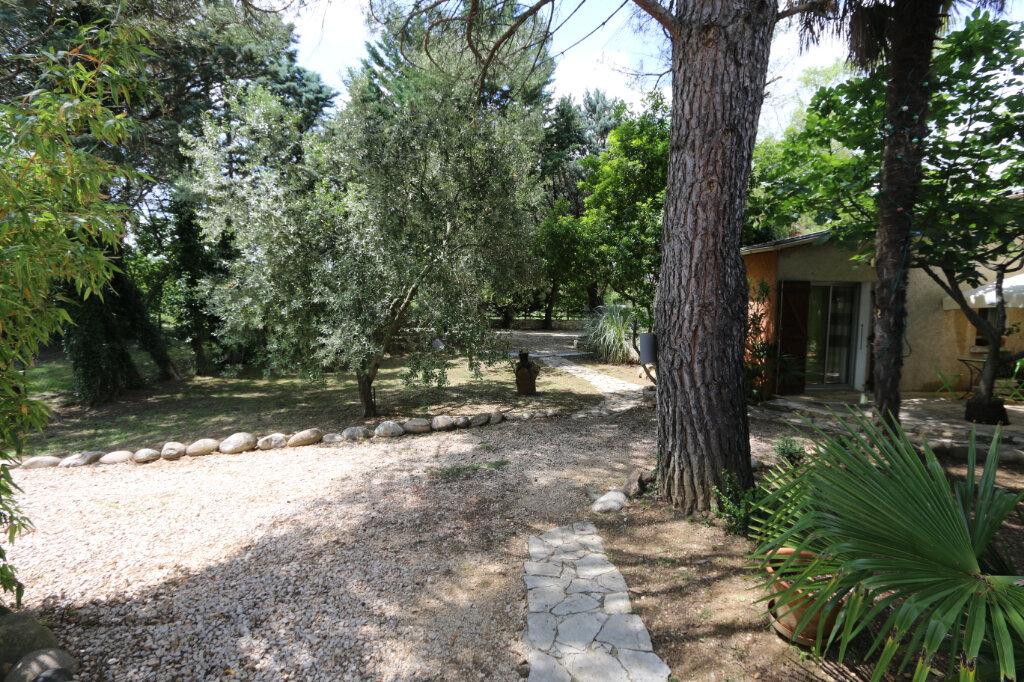 Maison à vendre 12 310m2 à Vallon-Pont-d'Arc vignette-4