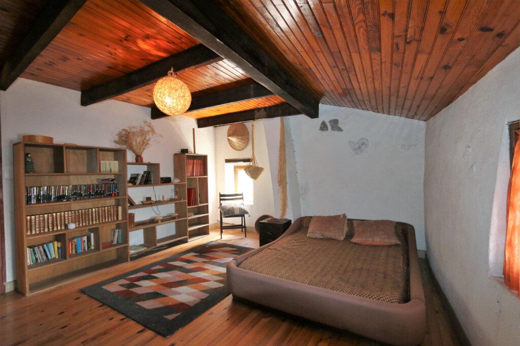 Maison à vendre 4 105m2 à Vallon-Pont-d'Arc vignette-6