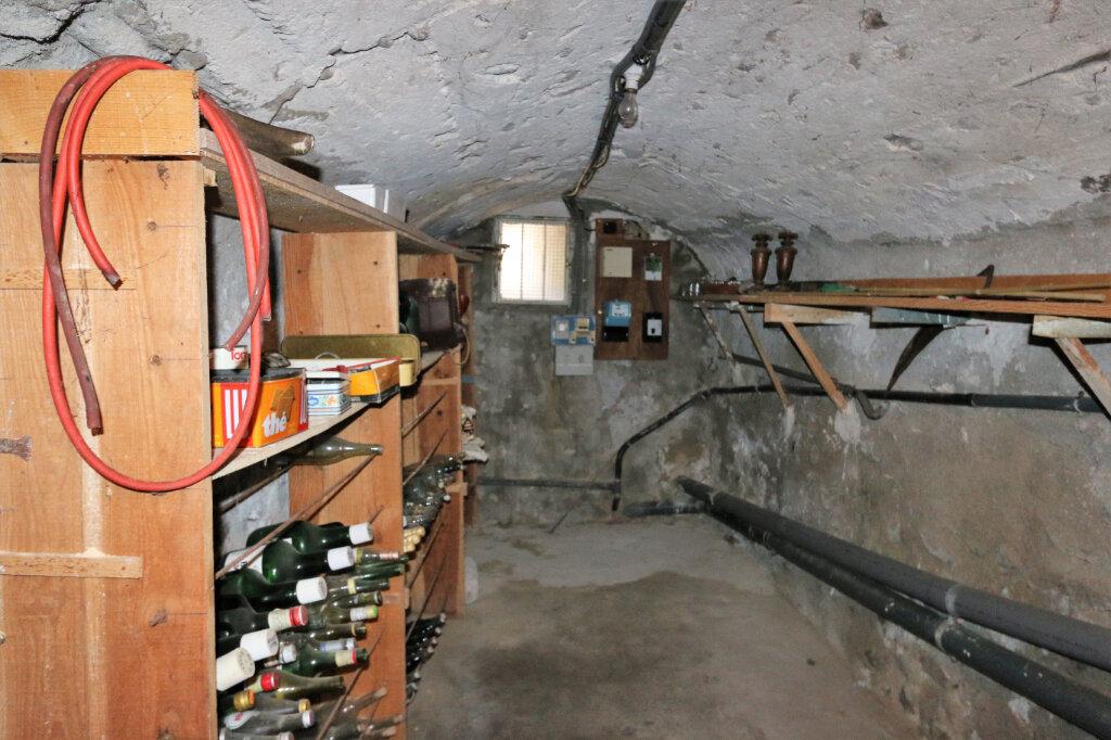 Maison à vendre 4 105m2 à Vallon-Pont-d'Arc vignette-7