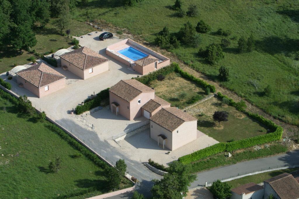 Maison à vendre 0 420m2 à Salavas vignette-1