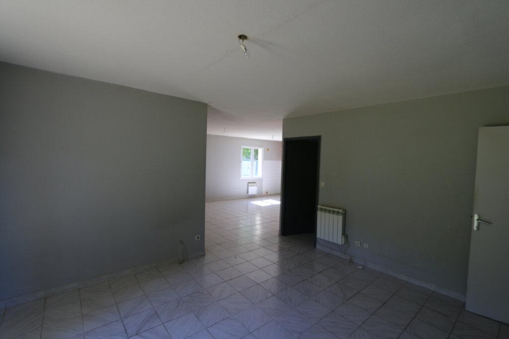 Maison à louer 3 78.5m2 à Salavas vignette-3