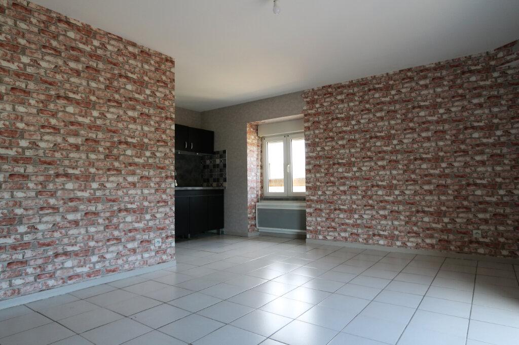 Appartement à louer 2 36m2 à Vallon-Pont-d'Arc vignette-2