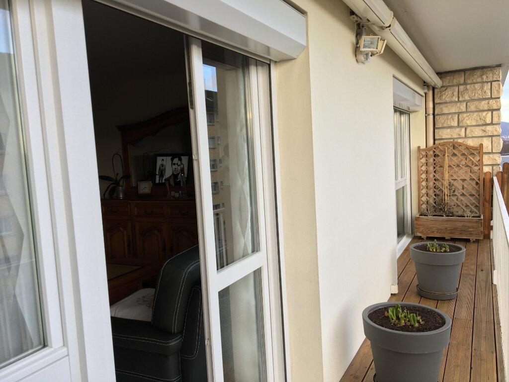 Appartement à vendre 3 61.53m2 à Saint-Étienne-du-Rouvray vignette-5