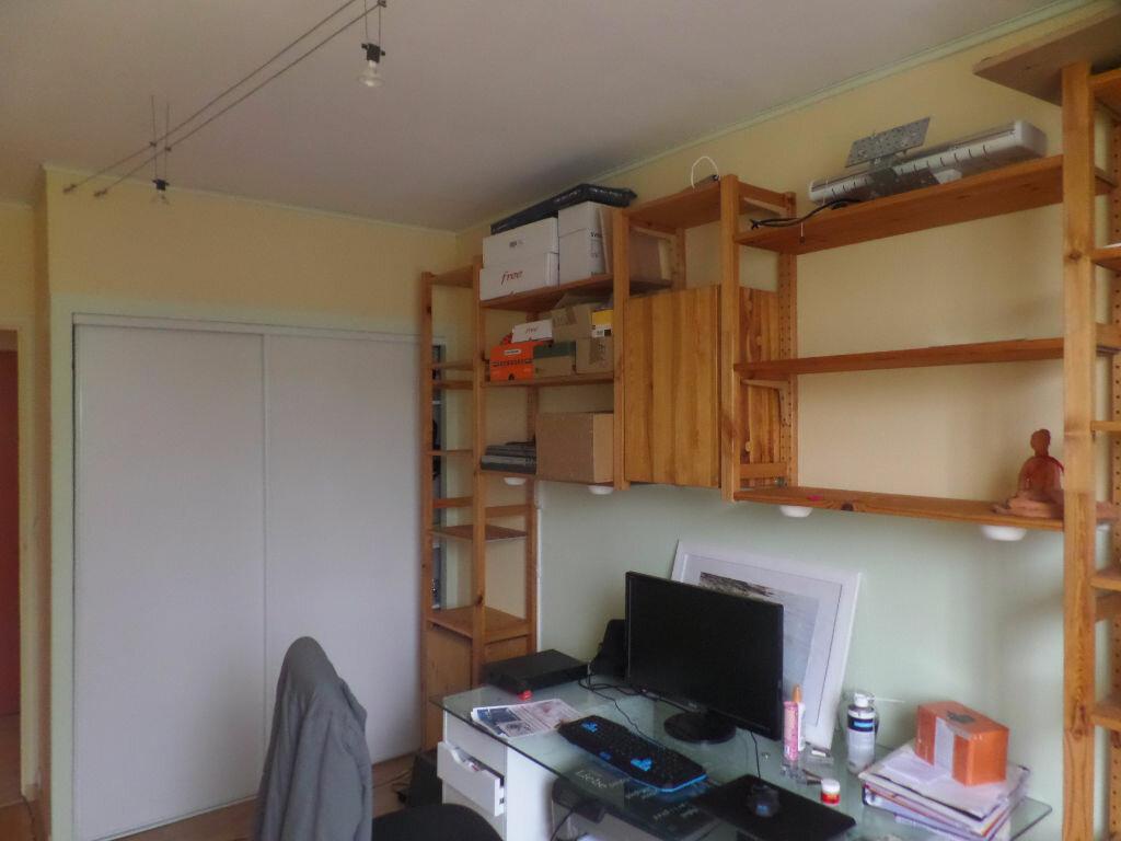Appartement à louer 4 66m2 à Saint-Pierre-lès-Elbeuf vignette-8