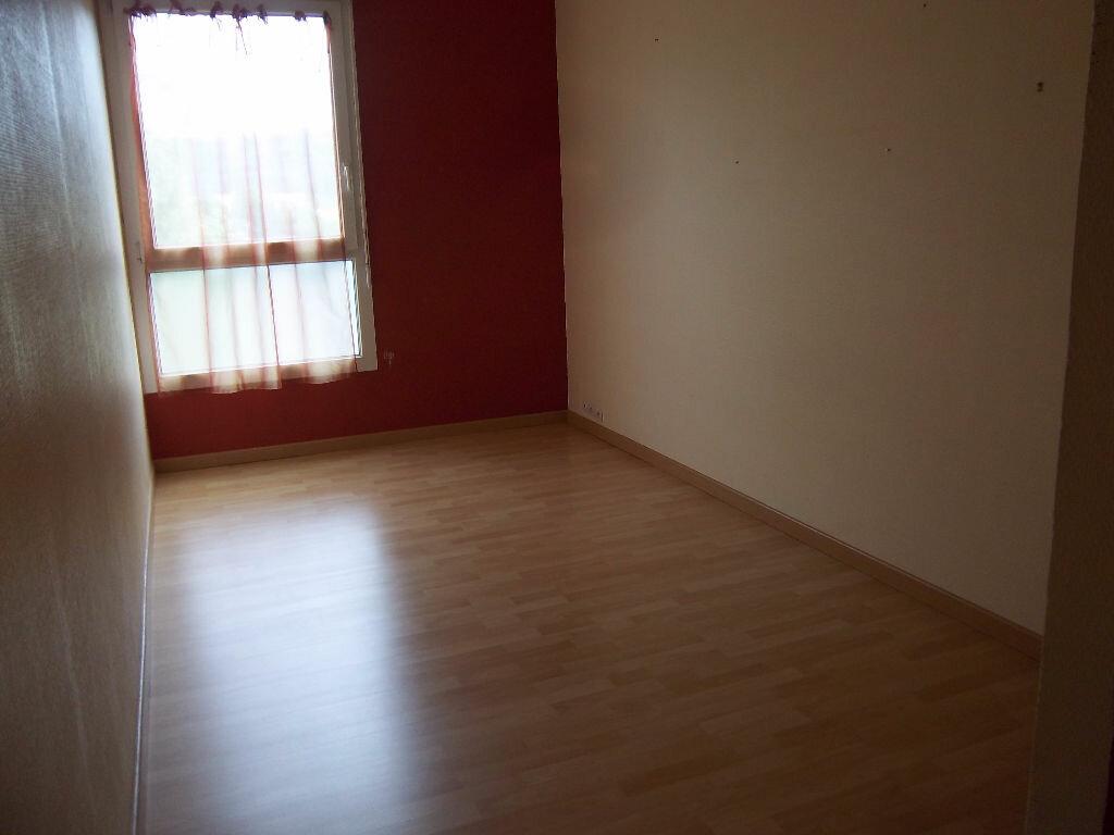 Appartement à vendre 4 66m2 à Saint-Pierre-lès-Elbeuf vignette-6