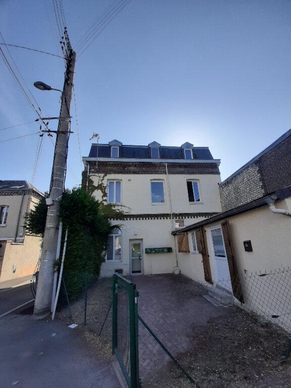Appartement à louer 2 33.42m2 à Sotteville-lès-Rouen vignette-1