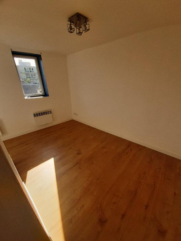 Appartement à louer 2 33.42m2 à Sotteville-lès-Rouen vignette-2