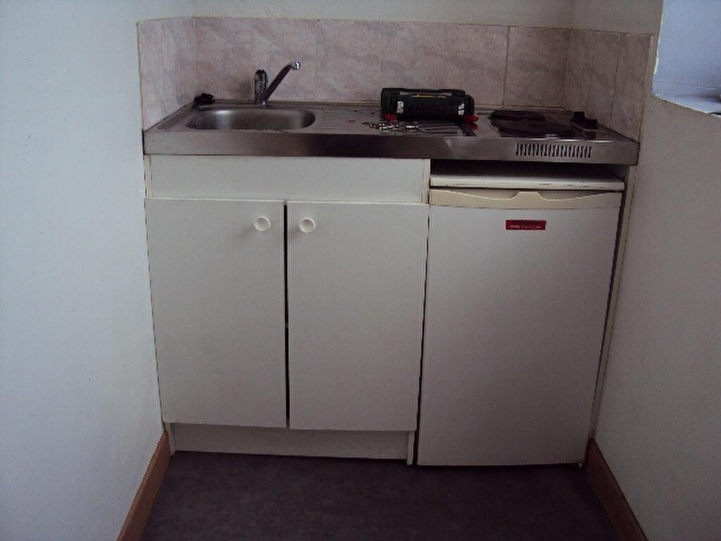 Appartement à louer 2 33.42m2 à Sotteville-lès-Rouen vignette-4