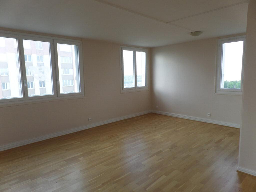 Appartement à vendre 4 79.79m2 à Rouen vignette-2