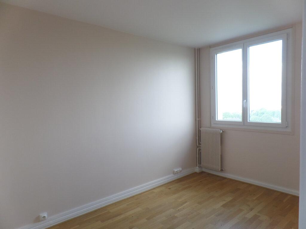 Appartement à vendre 4 79.79m2 à Rouen vignette-5