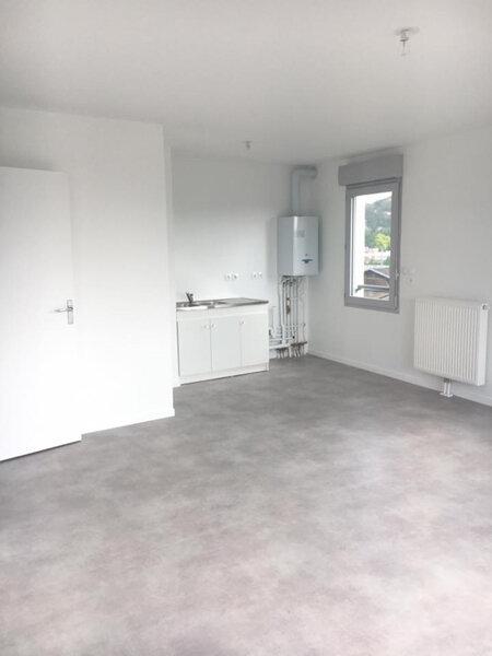 Appartement à louer 4 80.6m2 à Rouen vignette-4