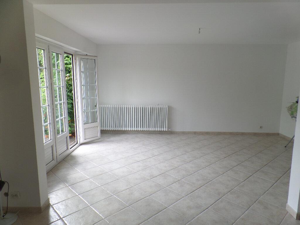 Maison à vendre 8 172m2 à Saint-Pierre-lès-Elbeuf vignette-4