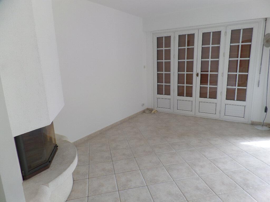 Maison à vendre 8 172m2 à Saint-Pierre-lès-Elbeuf vignette-5