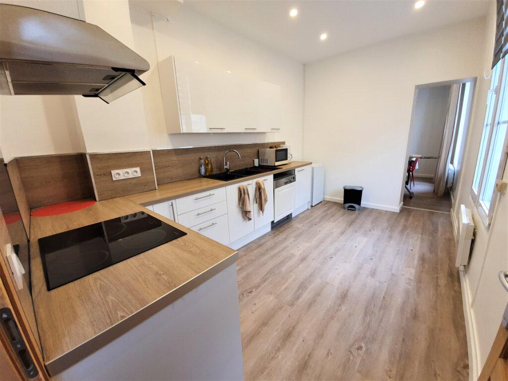 Appartement à vendre 5 119.12m2 à Rouen vignette-2