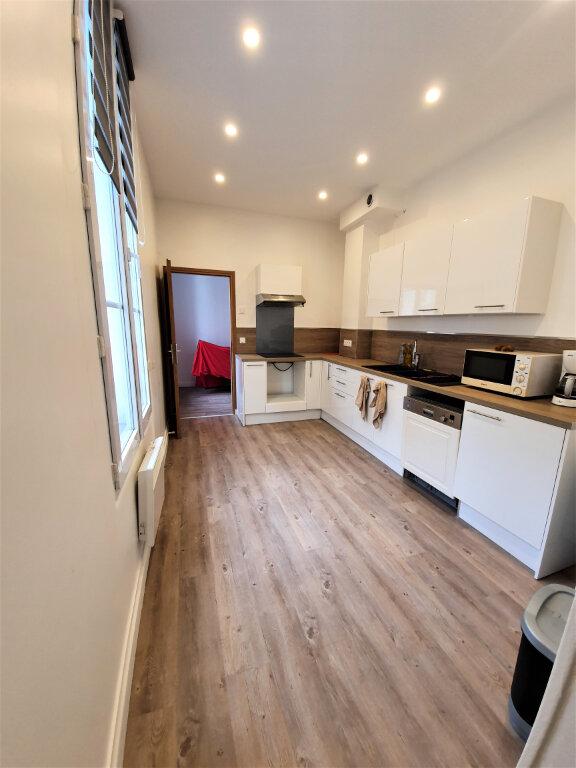 Appartement à vendre 5 119.12m2 à Rouen vignette-4
