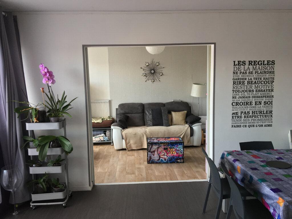 Appartement à vendre 5 94m2 à Sotteville-lès-Rouen vignette-1