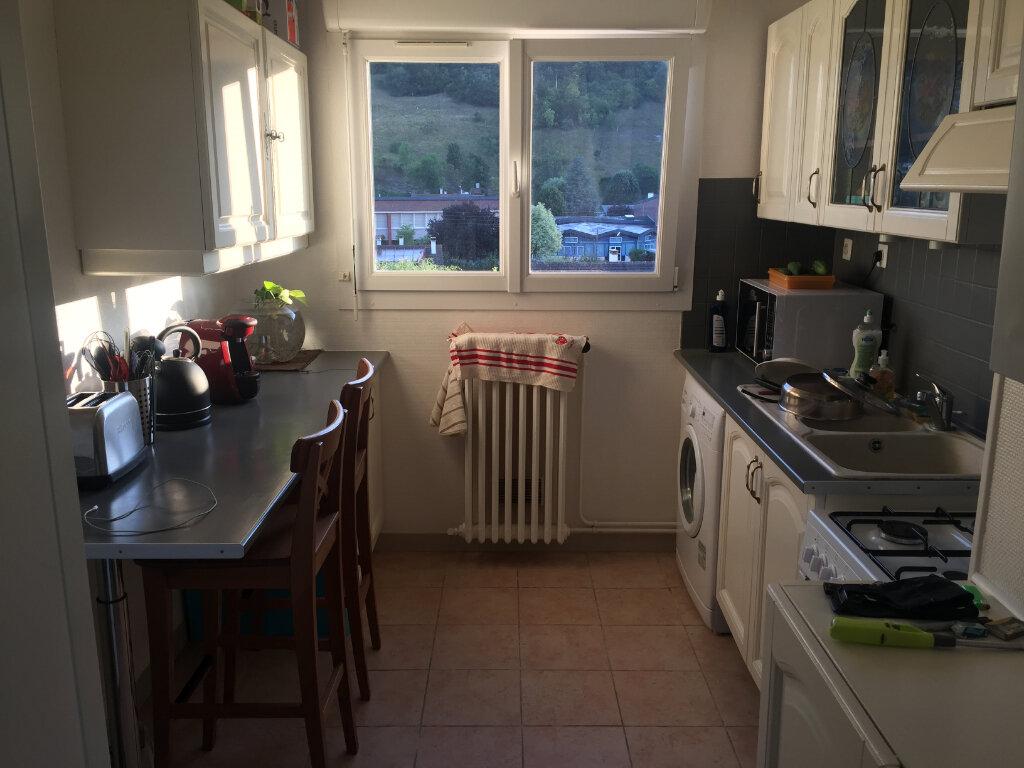 Appartement à louer 3 54.93m2 à Saint-Léger-du-Bourg-Denis vignette-2