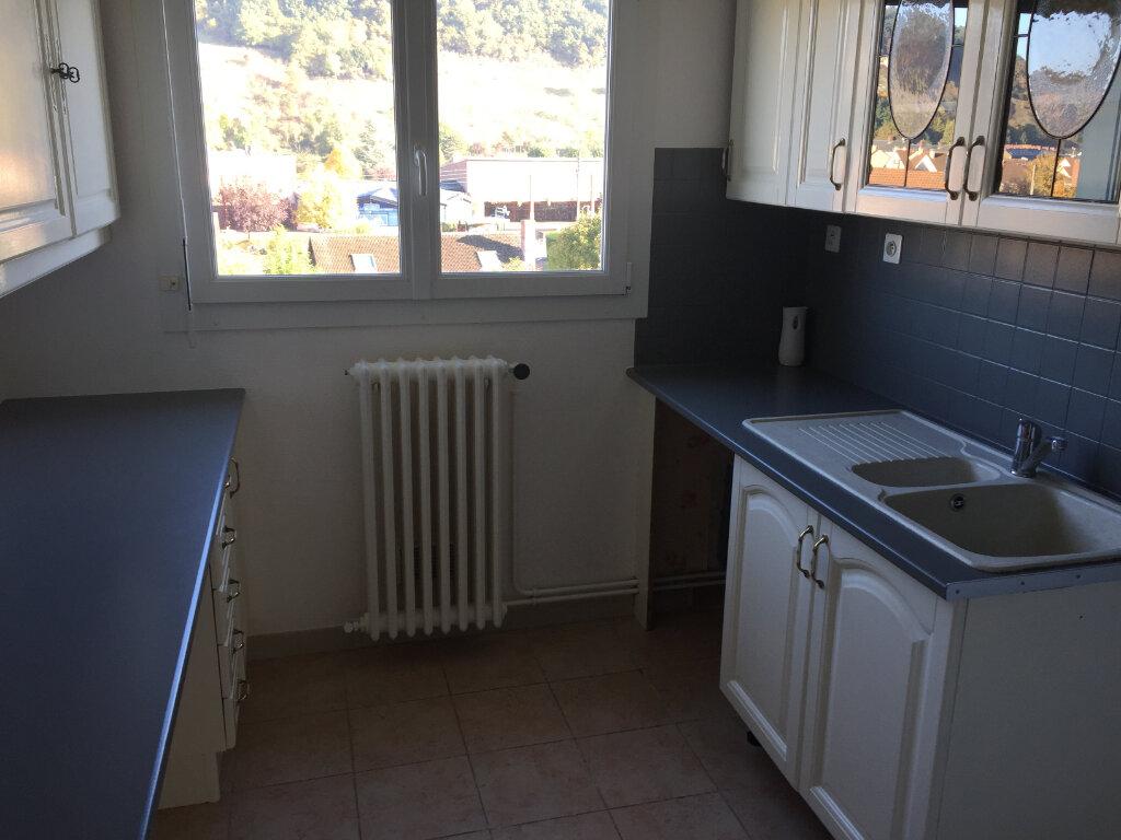 Appartement à louer 3 54.93m2 à Saint-Léger-du-Bourg-Denis vignette-6